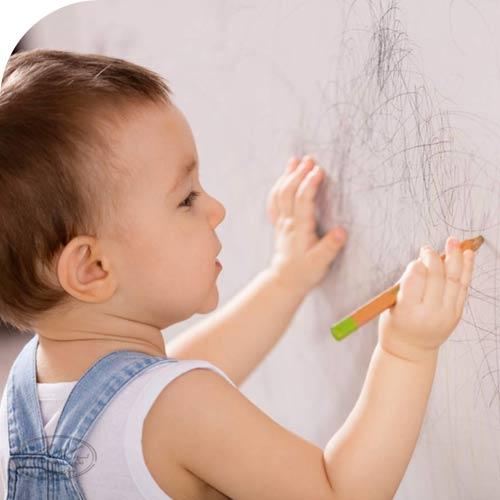 نقاشی کودکان در 12 تا 18 ماهگی